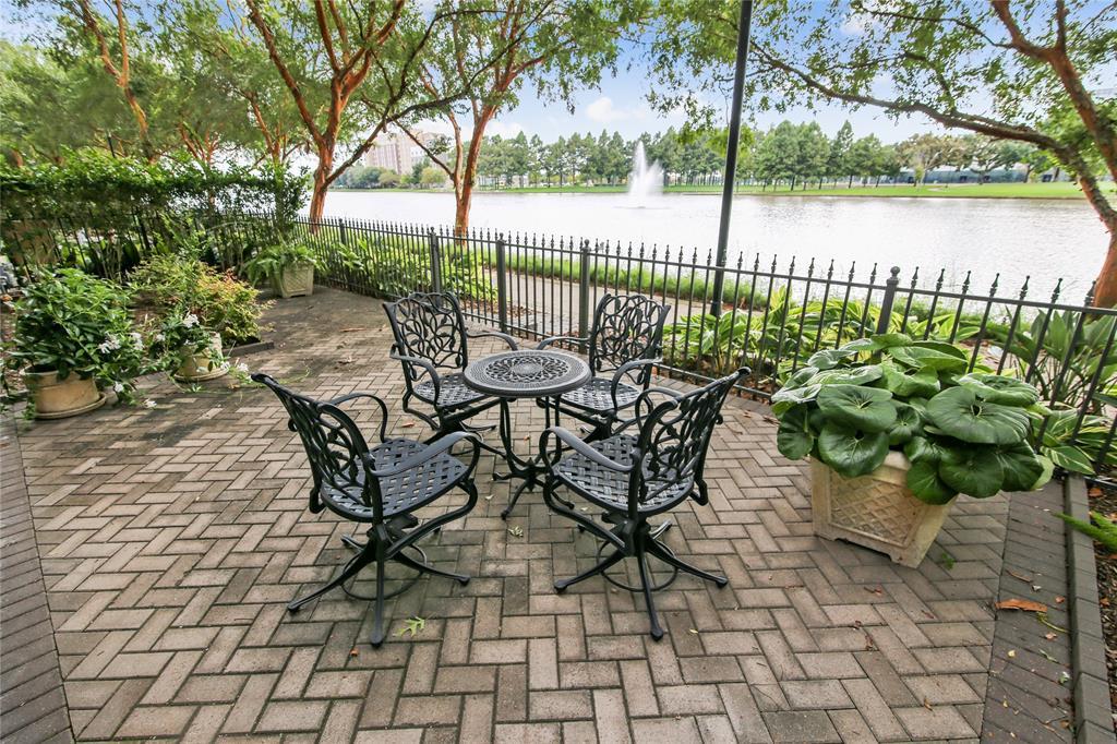 1336 4 Lake Pointe Parkway, Sugar Land, Texas 77478, 3 Bedrooms Bedrooms, 16 Rooms Rooms,4 BathroomsBathrooms,Townhouse/condo,For Sale,Lake Pointe,53504275