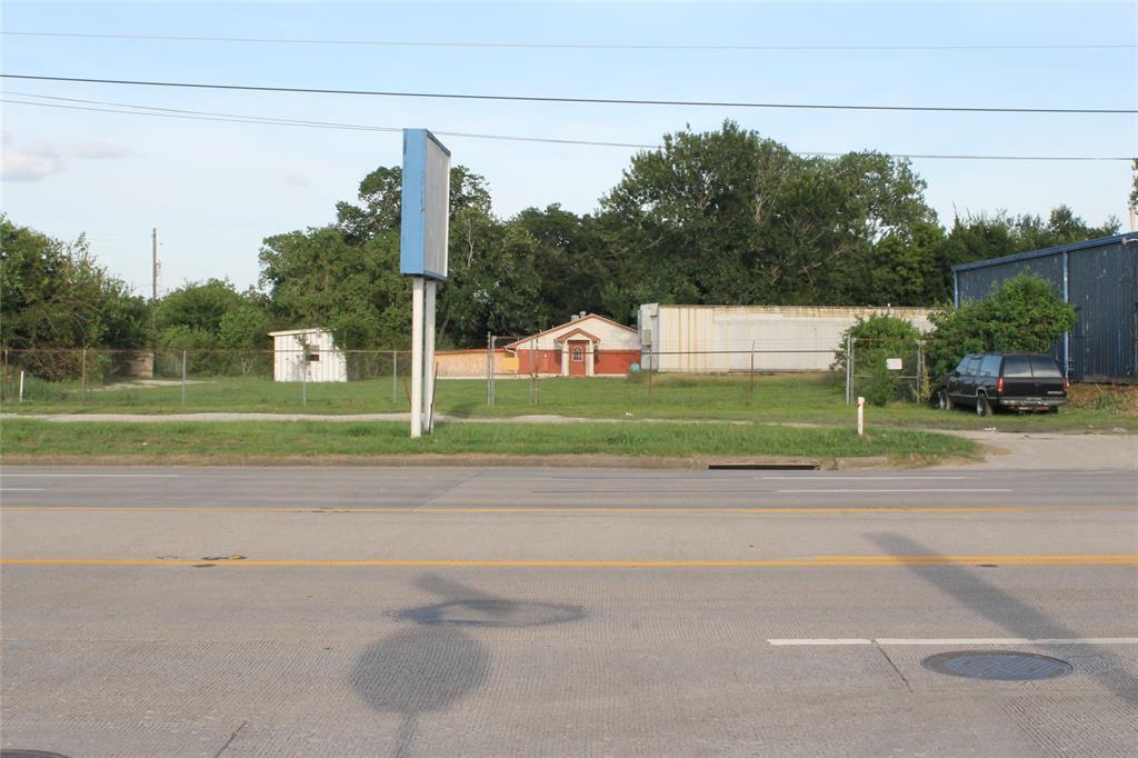 10801 Telephone Road, Houston, TX 77075