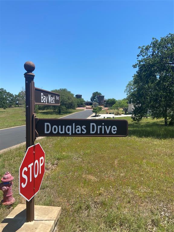 3320 Douglas Drive, Horseshoe Bay, TX 78657