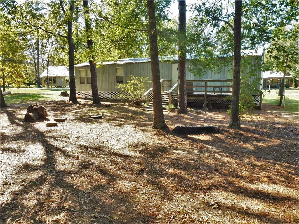 301 Woodland Shores Drive, Point Blank, Texas 77364, 2 Bedrooms Bedrooms, 4 Rooms Rooms,1 BathroomBathrooms,Rental,For Rent,Woodland Shores,31547786