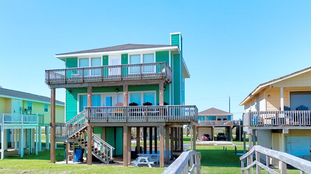 2606 Lake Court, Surfside Beach, TX 77541
