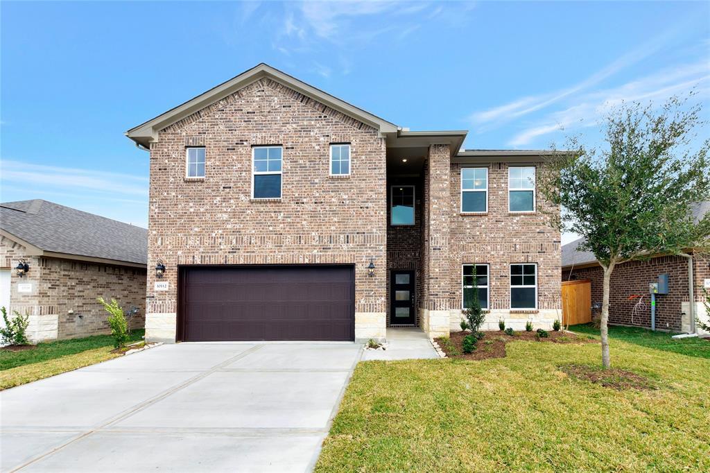 10112 Deussen Lane, Texas City, TX 77591