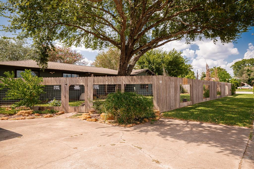781 N Harris Street, Giddings, TX 78942