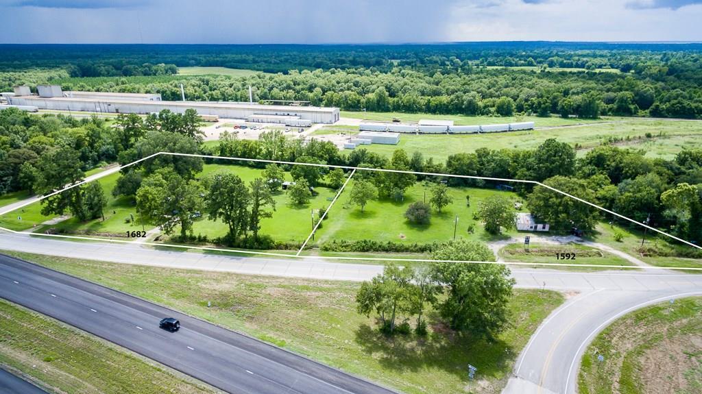 1682 State Highway Loop 393, Goodrich, TX 77335