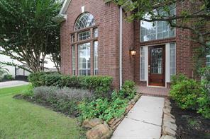 18811 Cypress Chateau Drive, Spring, TX 77388