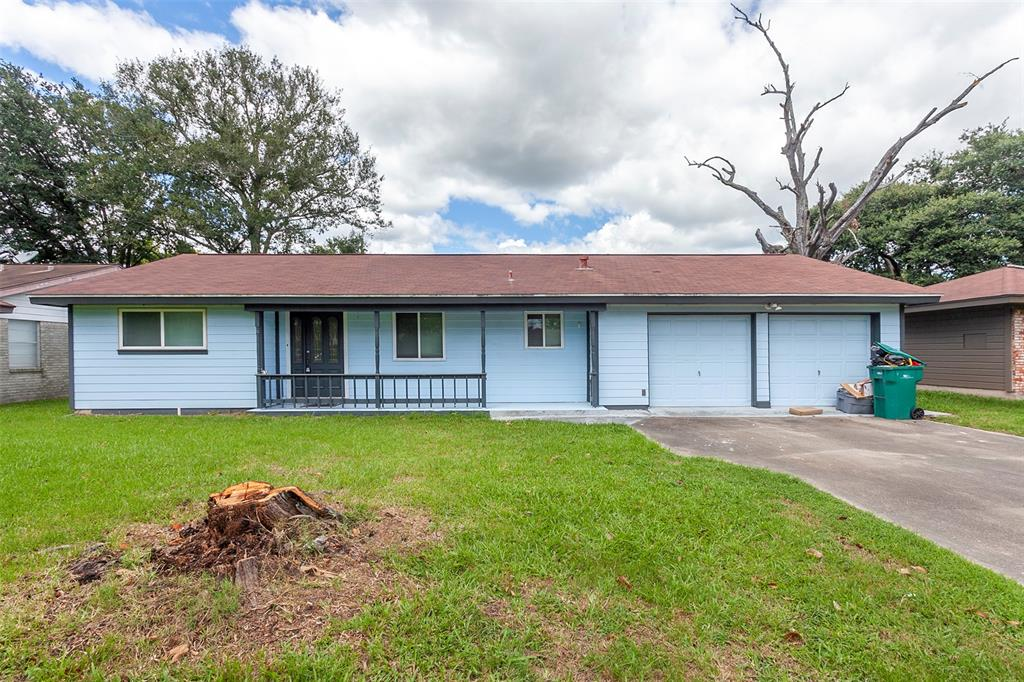 570 Lilac Avenue, Orange, TX 77630