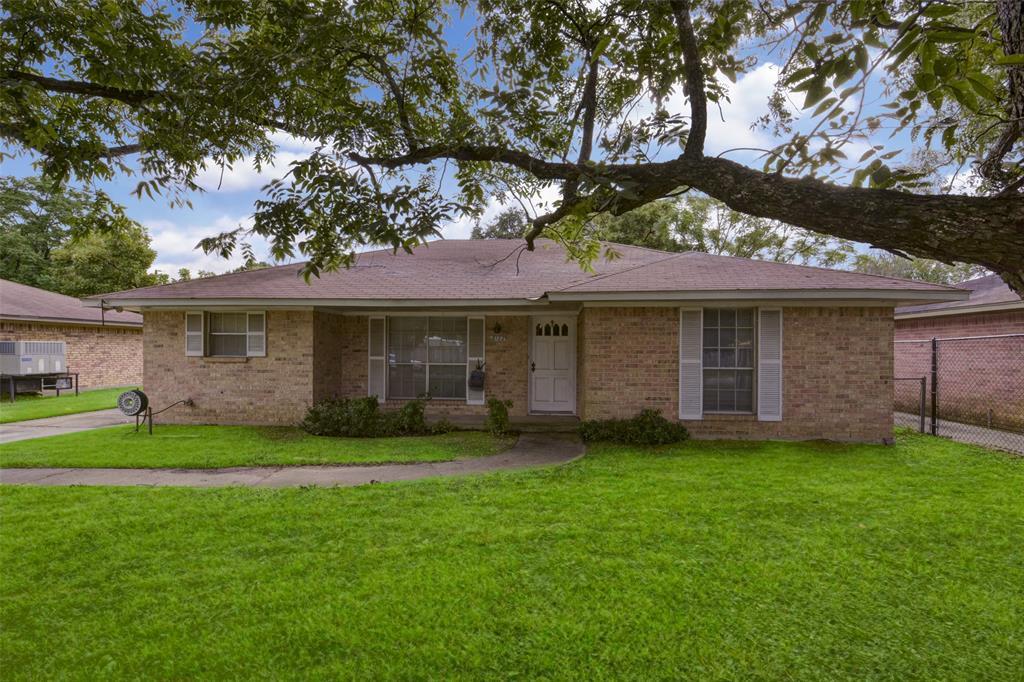 8122 Northline Dr Drive, Houston, TX 77037