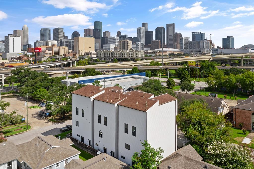 2104 Webster Street, Houston, TX 77003