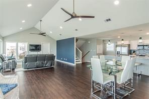 18615 W De Vaca Lane, Galveston, TX 77554