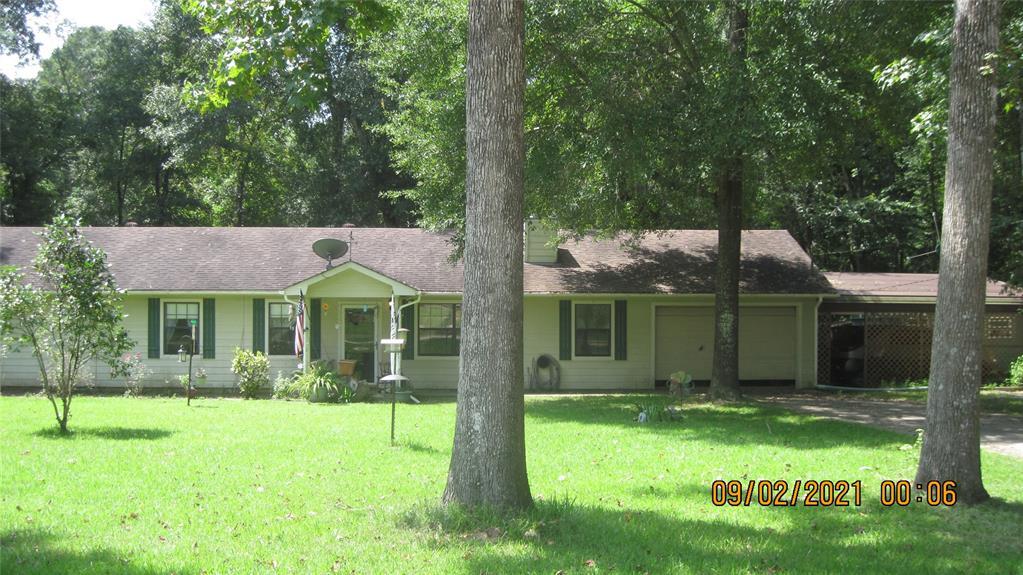 271 Oakwood Lane, Goodrich, TX 77335