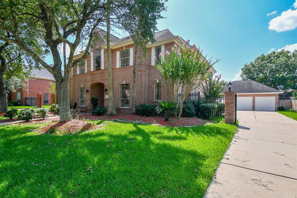 3915 Diamond Grove Court, Houston, TX 77059