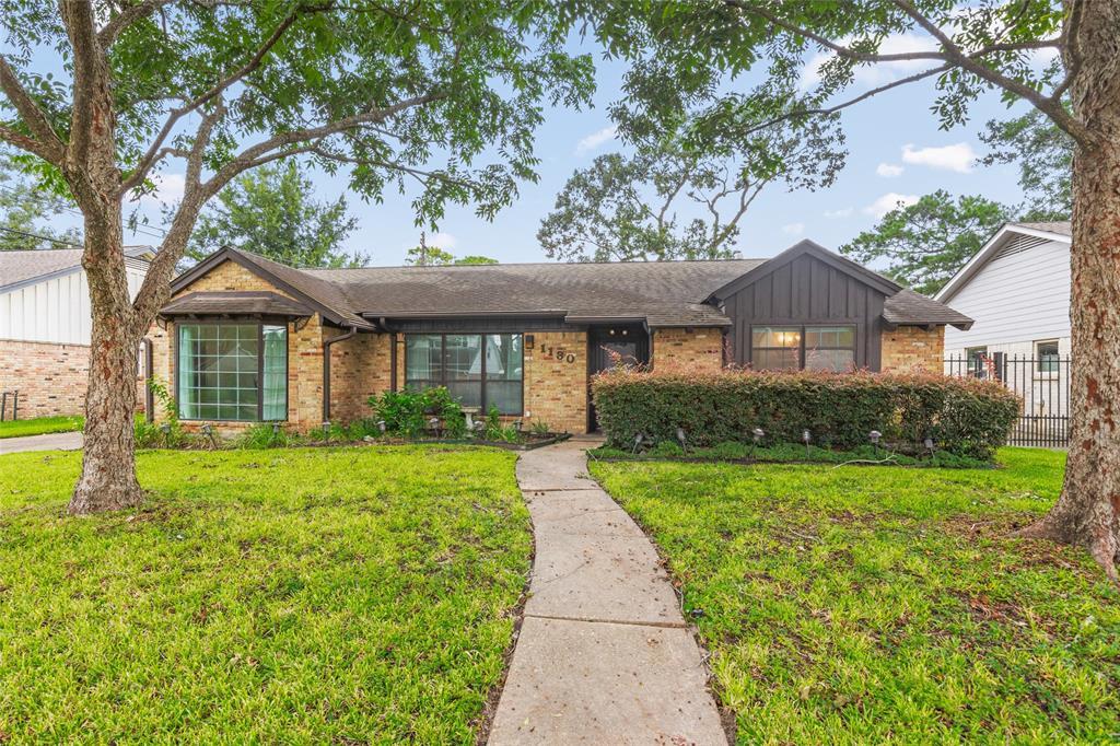 1130 Thornton Road, Houston, TX 77018