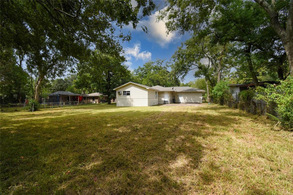 10610 Somerset Lane, Houston, TX 77093