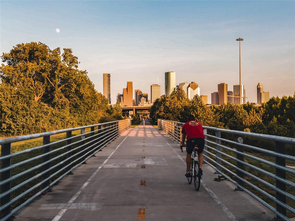 Located just a short bike ride away, you can ride or jog down the White Oak Hike and Bike trail and ride or jog all the way to Downtown Houston.