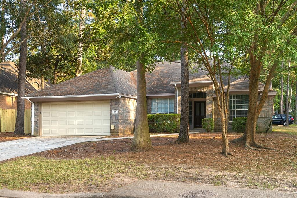 Charming 4 bed, 2 bath, 2,172  sq ft home in The Woodlands! Spacious living room with fireplace!  Open kitchen concept with updated counters. Master suite with attached bathroom. Spacious backyard, great for family gatherings! Pets accepted on a case by case basis. Additional admin fees apply. Schedule your showing today! *See agent remarks for showing instructions*