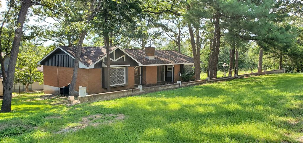 100 Post Oak, Hilltop Lakes, TX 77871