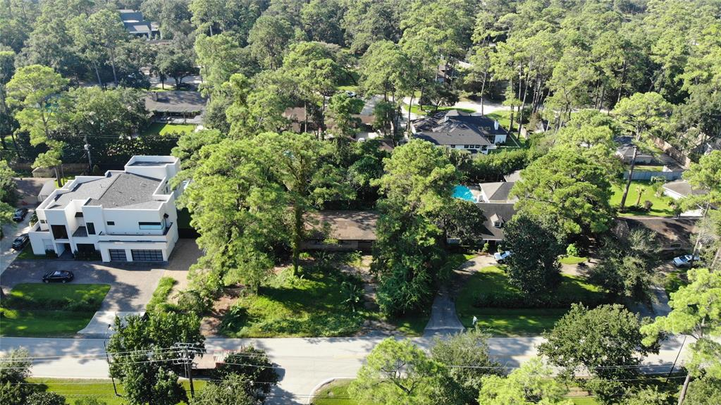 This property is being sold for lot value. Great opportunity to build your dream home. Enjoy the convenience of central living with easy access to I-10 and Beltway 8. Zoned to exemplary SBISD schools. Drive by showings only!