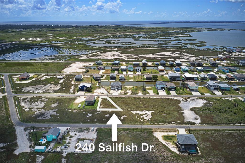 240 Sailfish Drive, Rockport, TX 78382