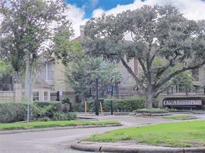 2120 El Paseo Street #1809, Houston, TX 77054