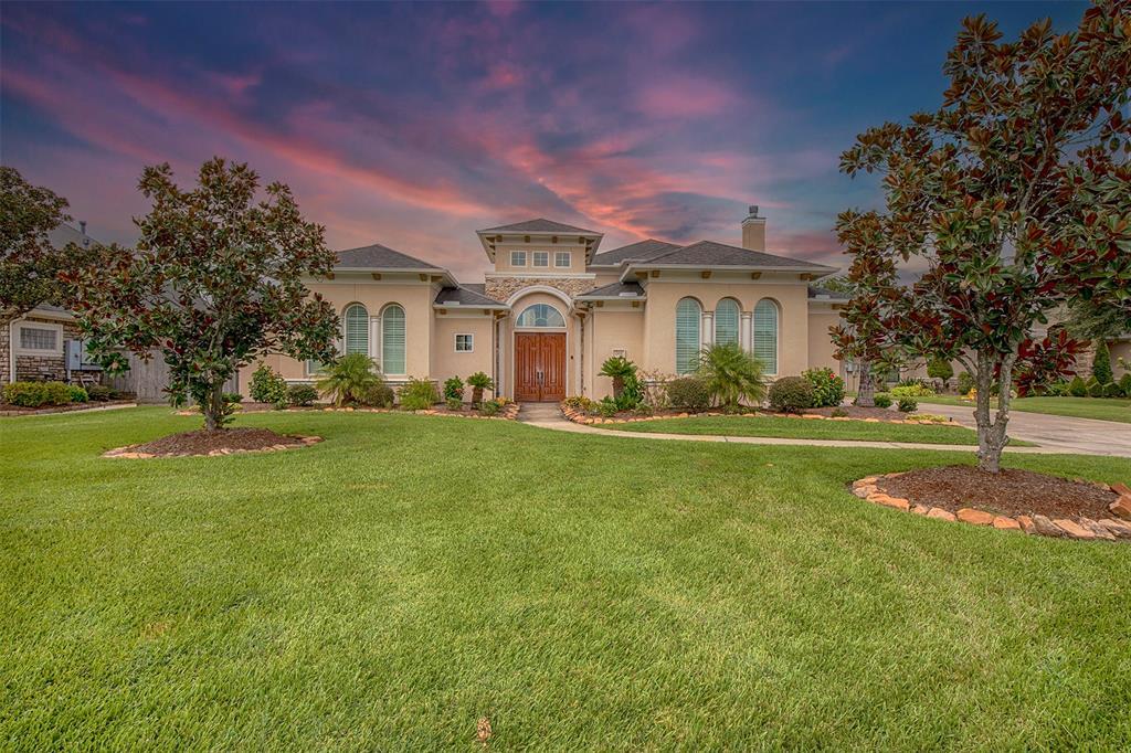 408 Marys Creek Lane, Friendswood, TX 77546
