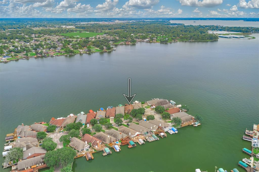 12806 Pelican Island Drive, Willis, TX 77318