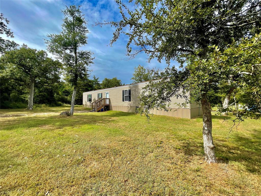 453 Loganberry Road, Somerville, TX 77879