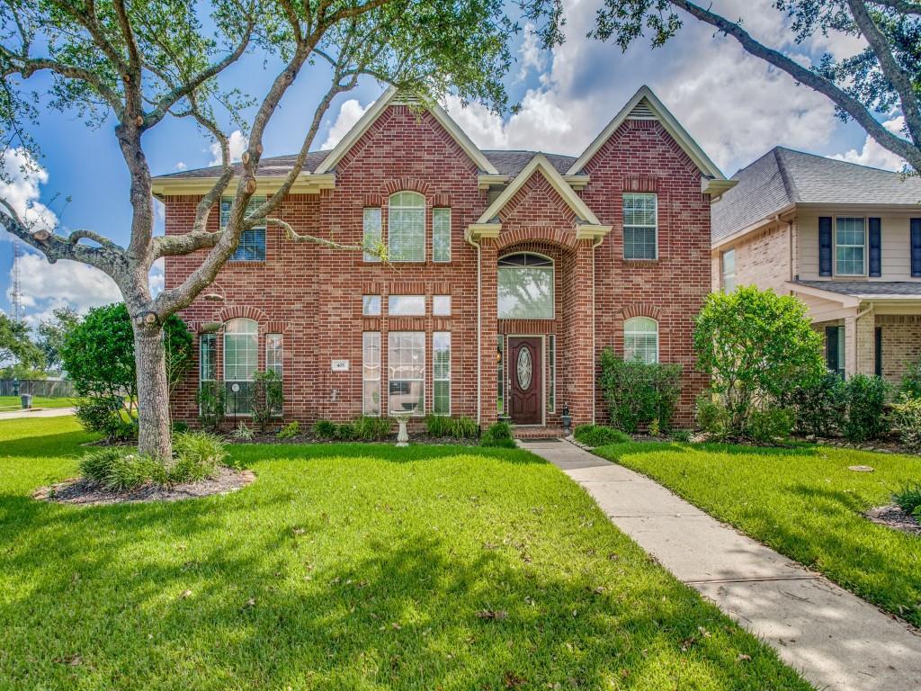 403 Willow Pointe Drive, League City, TX 77573