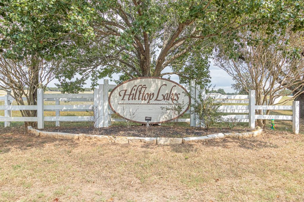 54 Post Oak, Hilltop Lakes, TX 77871