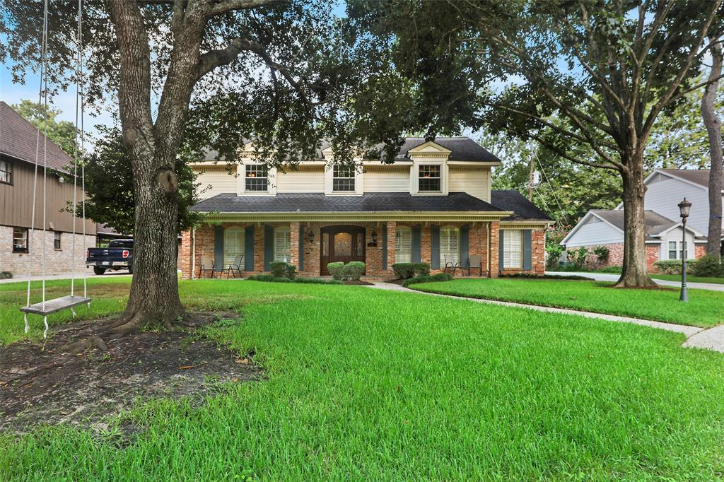 This sprawling, distinctive home is neatly tucked in a tree shaded cul-de-sac. Upon entry, a generously sized foyer is flanked by a large home office w/gorgeous built ins and a huge living space which reveals a wall of windows across the back & opens to breakfast area, sitting area and an eye-opening kitchen. The kitchen is a chef's dream & affords ample counter & storage space w/a butler's pantry & walk-in pantry. Also, you will love the breakfast bar, Bosch double ovens, 5 burner gas cooktop & vent hood. The solid wood soft closing drawers, modern cabinets w/sleek, frosted glass fronts & under cabinet lighting complement the white Quartz counter tops & subway backsplash. A large island with real walnut countertops & barstool seating centers this stylish space. The primary bedroom, other 3 bedrooms & recently updated bathrooms are upstairs. Back bedroom has a large second floor terrace w/spiral staircase winding down to the beautiful backyard and 2 car garage w/double wide driveway.