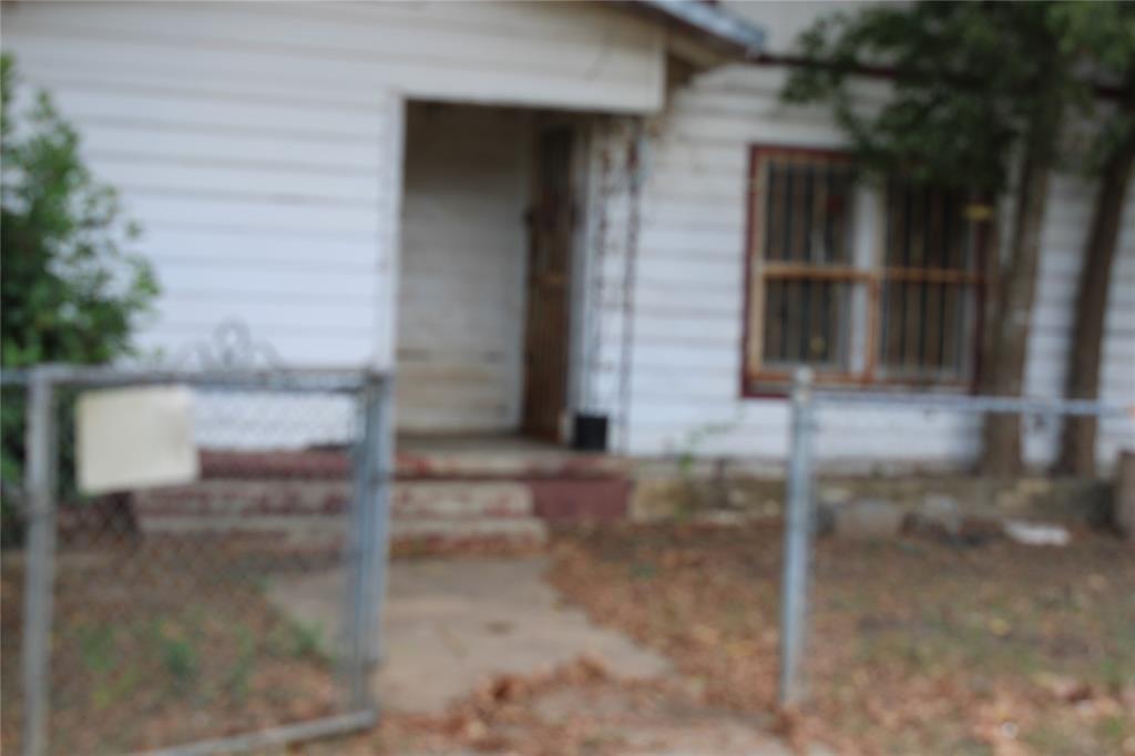 201 Prima Street, Smithville, TX 78957