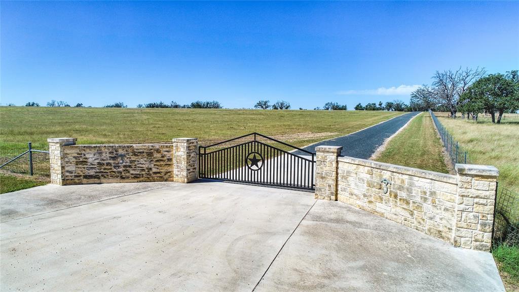 619 Cornehl Road, Fredericksburg, TX 78624