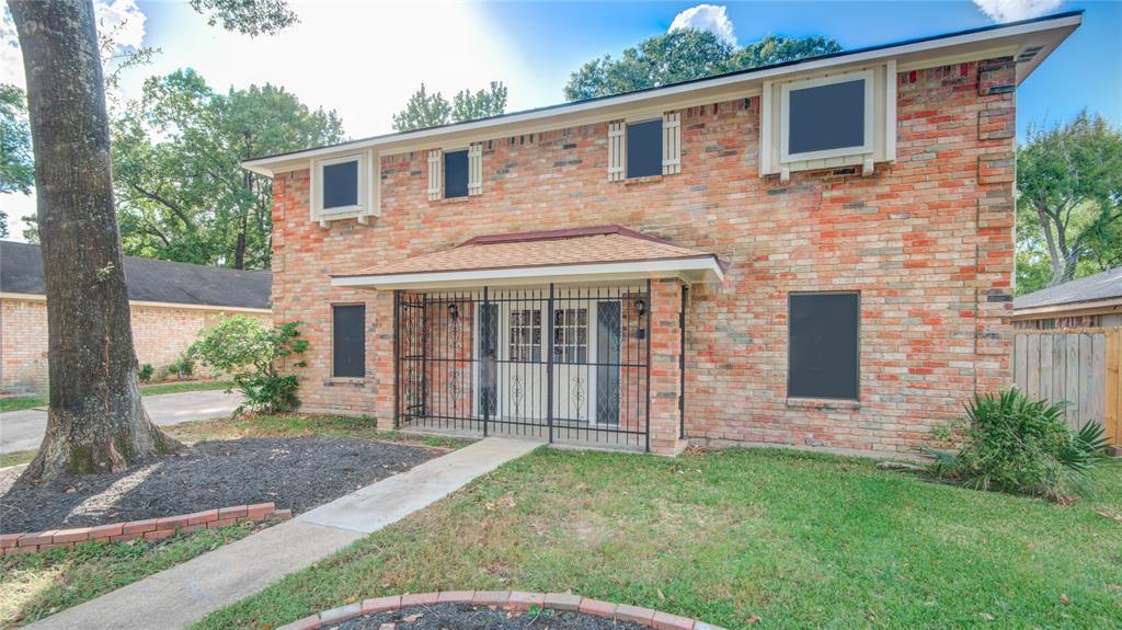 242 Wickhamford Way, Houston, TX 77015