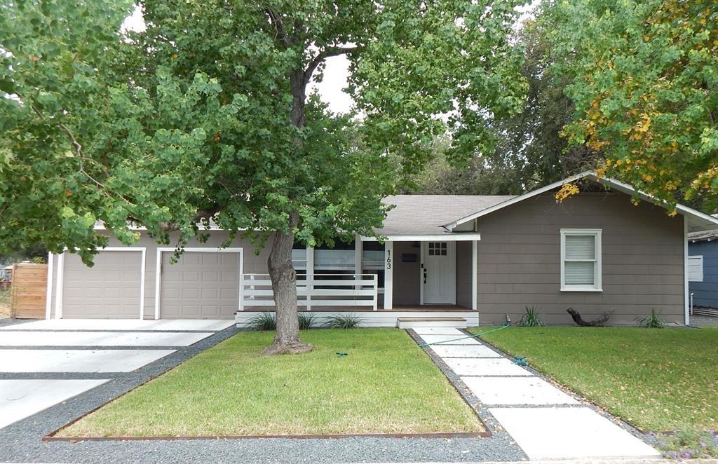163 S Mesquite Avenue, New Braunfels, TX 78130