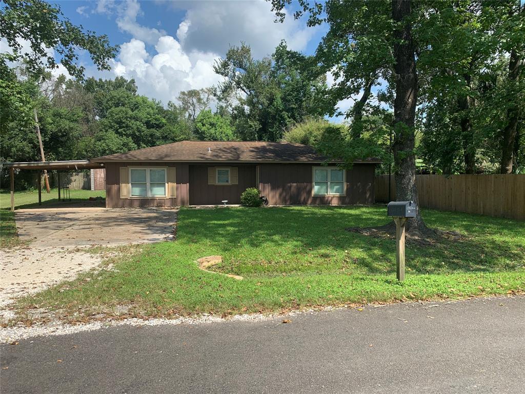 135 Oak Street, Bridge City, TX 77611
