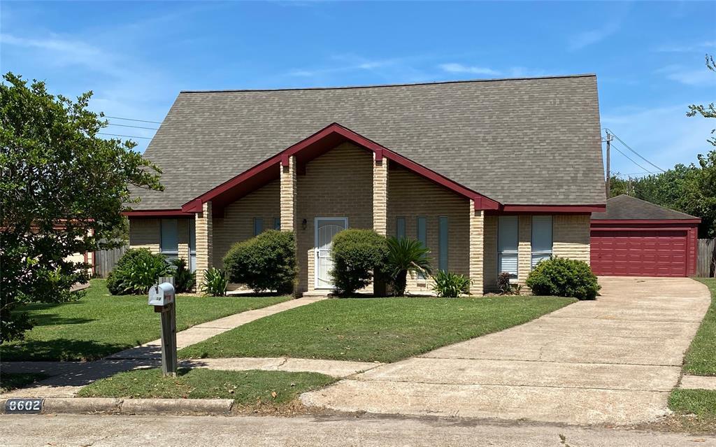 8602 Dawnridge Drive, Houston, TX 77071
