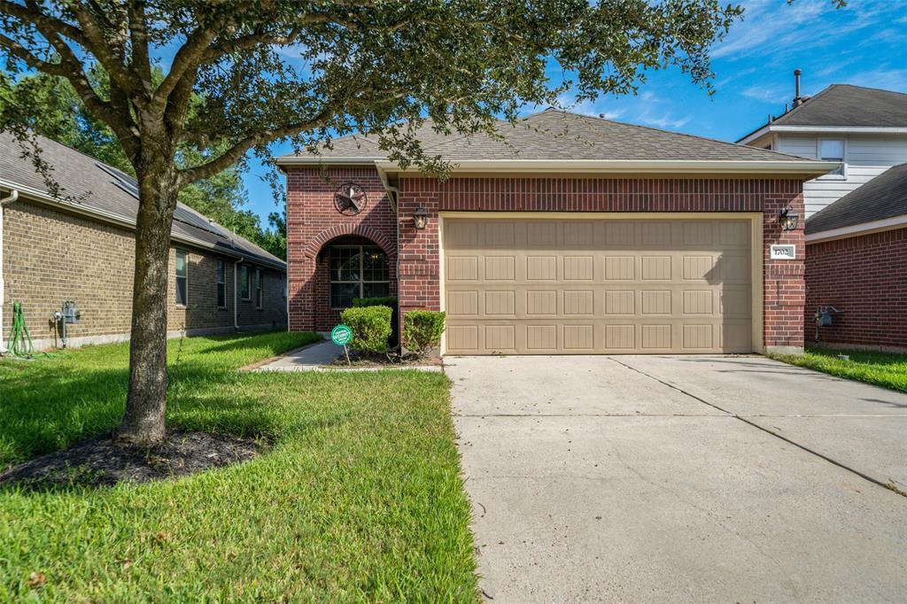 1702 Thornhollow Drive, Houston, TX 77014