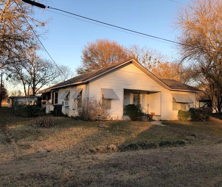 105 E 14th Street, Thornton, TX 76687