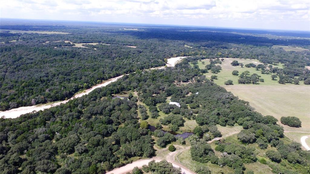 000 County Road 158, Hallettsville, TX 77964