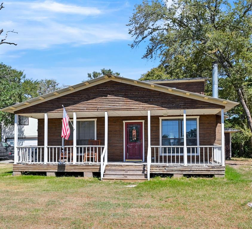 11794 Roese Road, Iola, TX 77861