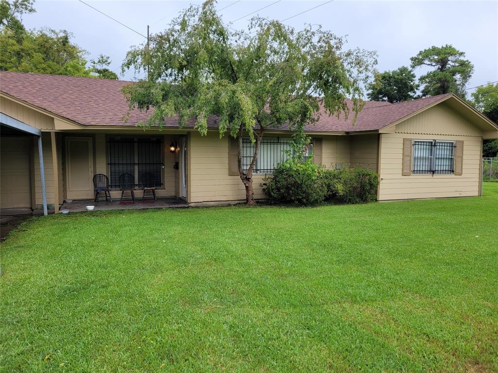 2710 Dogwood Lane, Beaumont, TX 77703