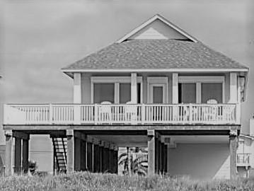 4827 Bluewater, Surfside Beach, TX 77541