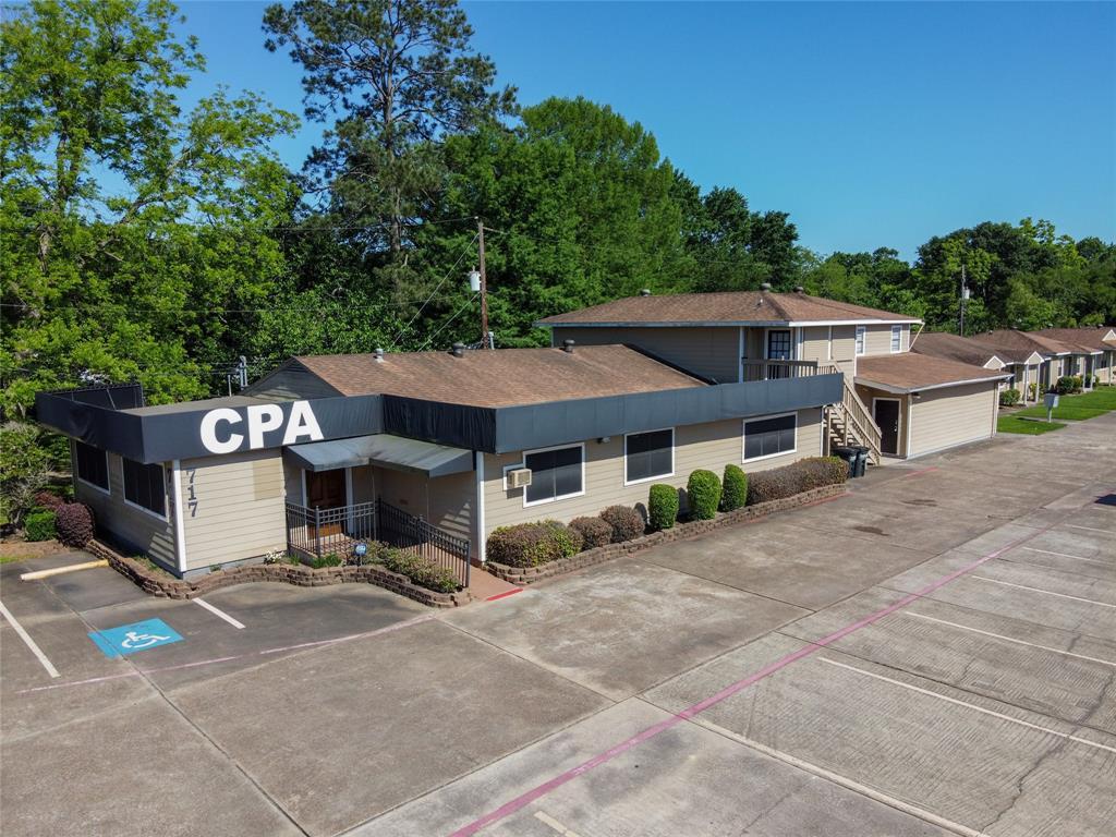 717 Cedar Bayou Road, Baytown, TX 77520