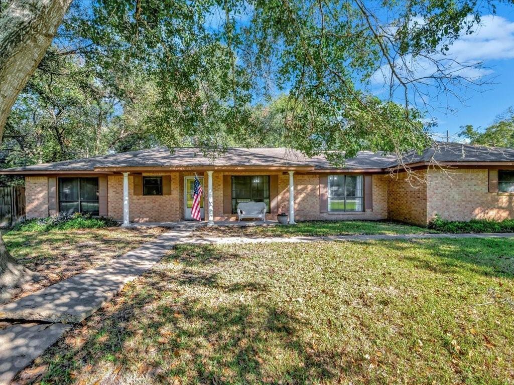 451 Penningon Street, Lovelady, TX 75851