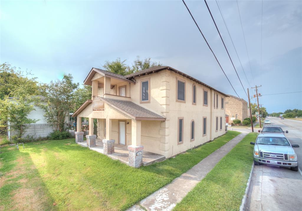 101 W Sterling Street, Baytown, TX 77520