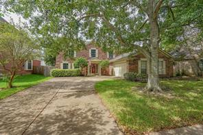 4103 Lakepointe Forest Drive, Seabrook, TX 77586