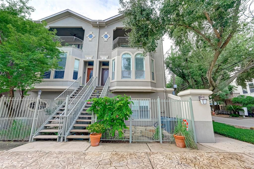 106 3 Detering Street, Houston, Texas 77007, 3 Bedrooms Bedrooms, 6 Rooms Rooms,2 BathroomsBathrooms,Townhouse/condo,For Sale,Detering,82762636