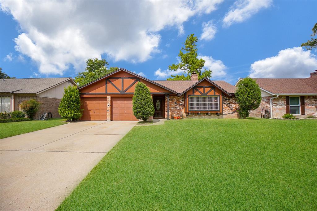 9706 Philmont Drive, Houston, TX 77080