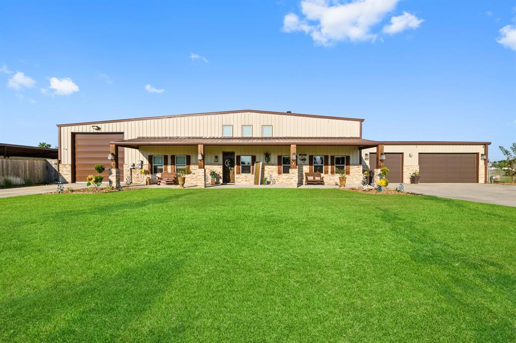 1600 Texas Avenue, Dickinson, TX 77539
