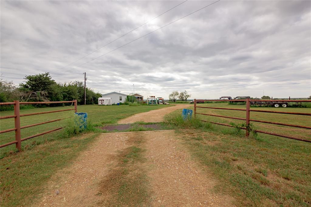 4106 Concrete Edgar Road, Cuero, TX 77954