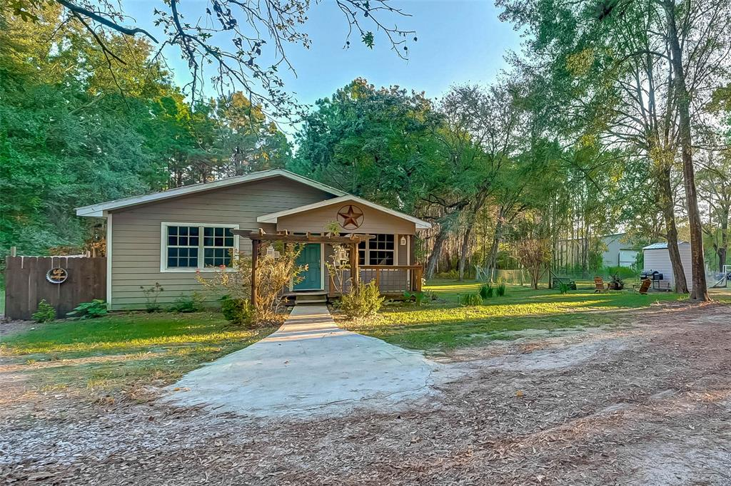 2080 Farm to Market Road 3018, Oakhurst, TX 77359
